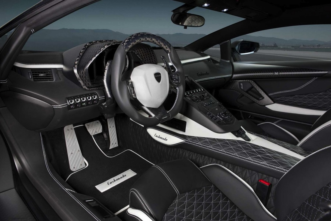 interieur conducteur lamborghini