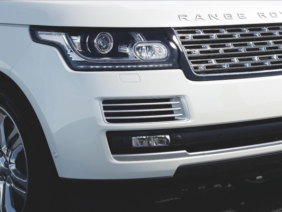 Range rover white