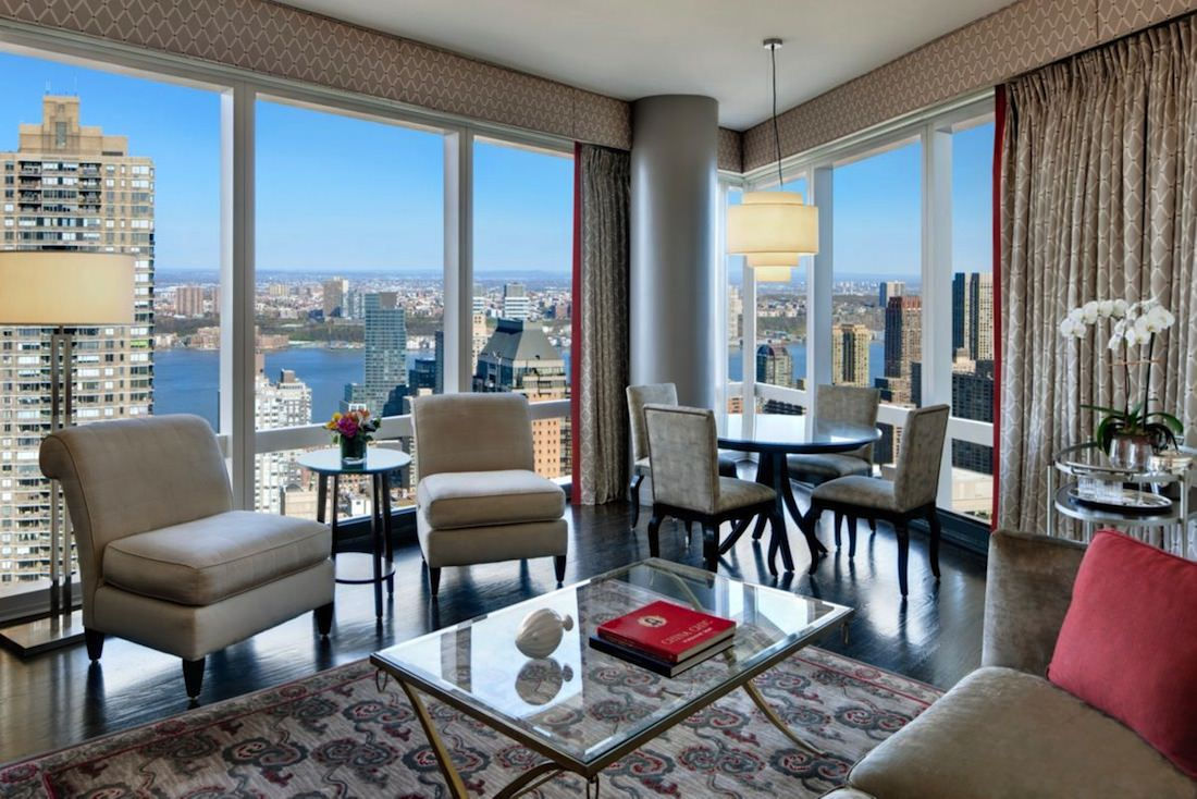 new-york-suite-mandarin-executive-suite
