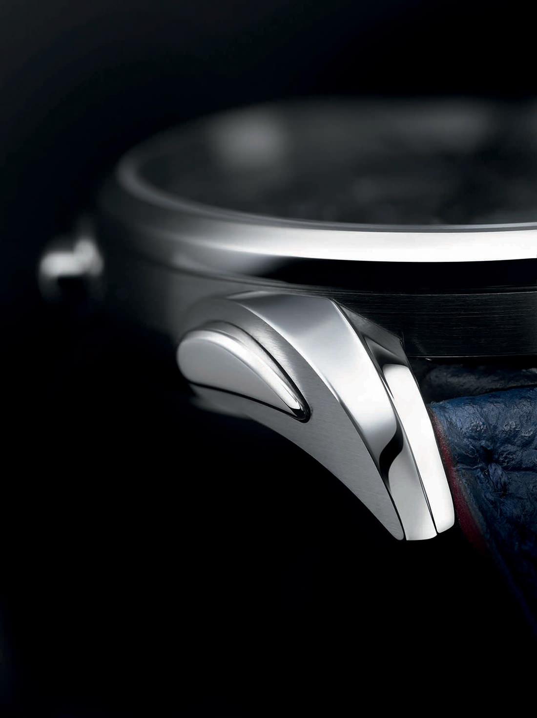 la montre bugatti aerolithe l 39 essence d 39 une voiture mythique. Black Bedroom Furniture Sets. Home Design Ideas