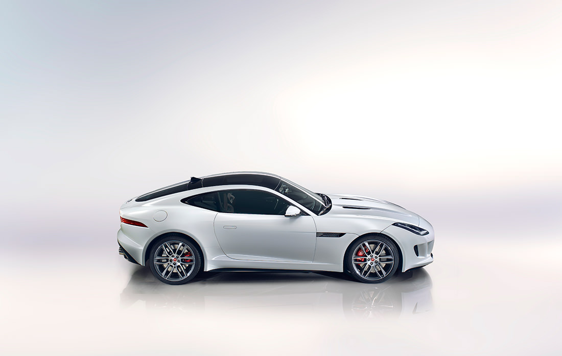 la jaguar f type r coup une sensation incomparable. Black Bedroom Furniture Sets. Home Design Ideas