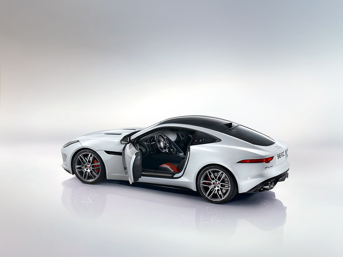 jaguar-F-type-R-coupe-4