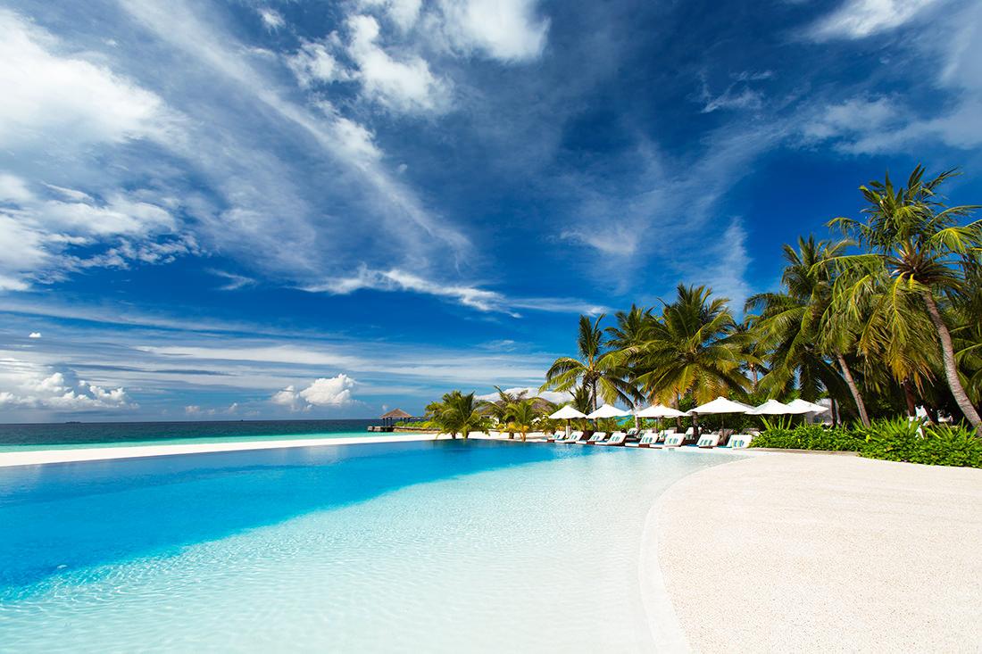 velassaru-maldives-1-b