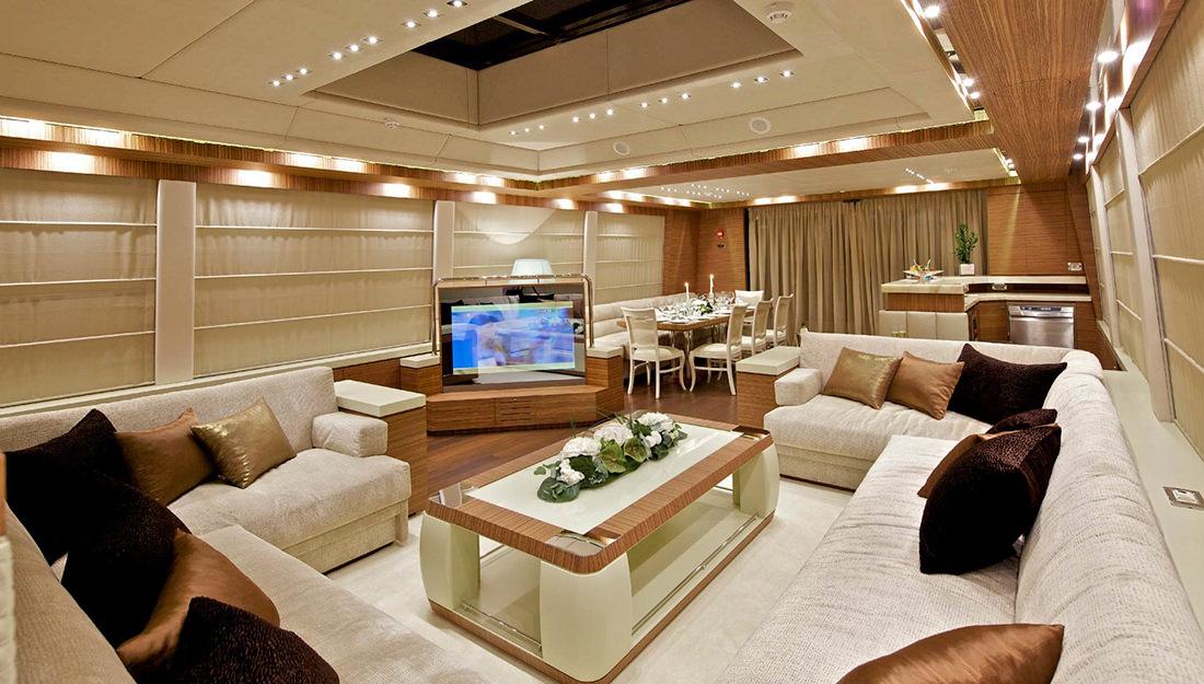 Croisi re en m diterran e avec o 39 pati et burgess yacht for Interieur yacht