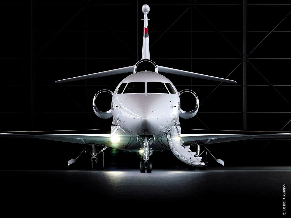 dassault-aviation-falcon-8X-1