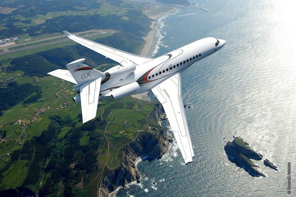 dassault-aviation-falcon-8X-12