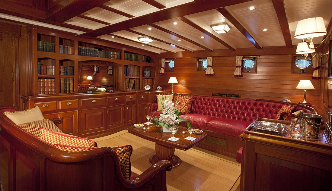 elena   un voilier historique d u0026 39 exception