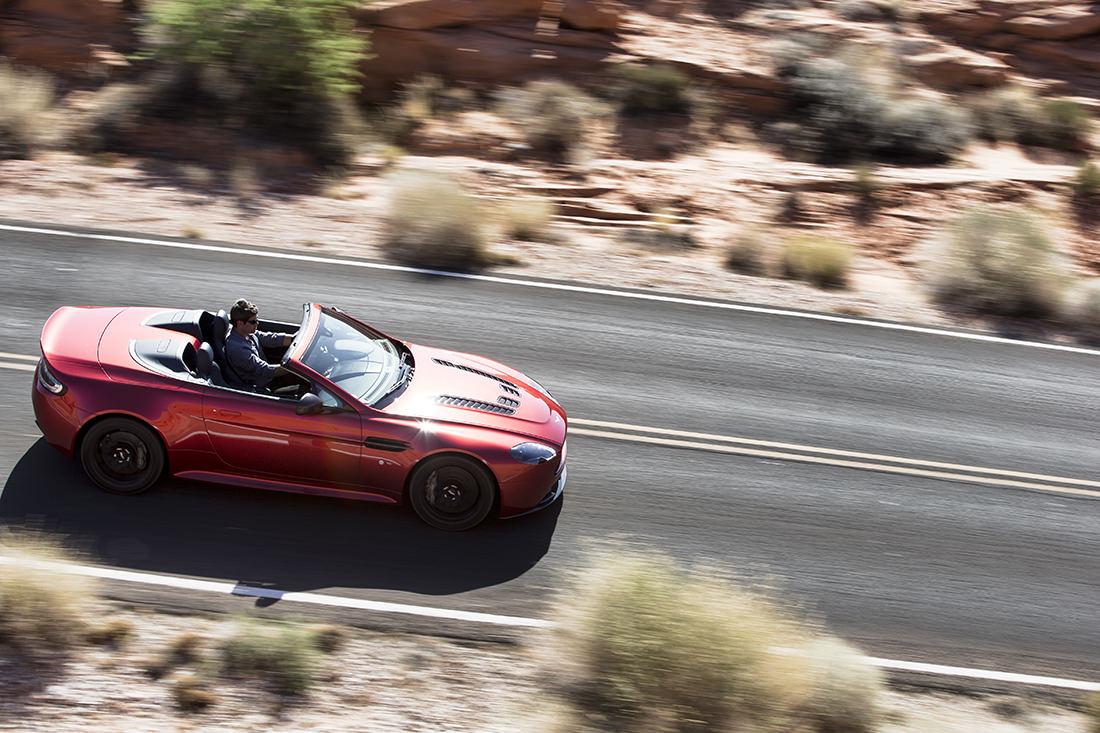 v12-vantage-s-roadster-5