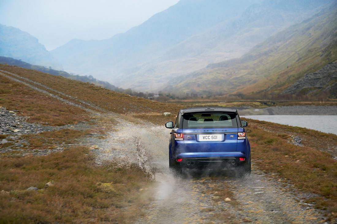 range-rover-sport-svr-12