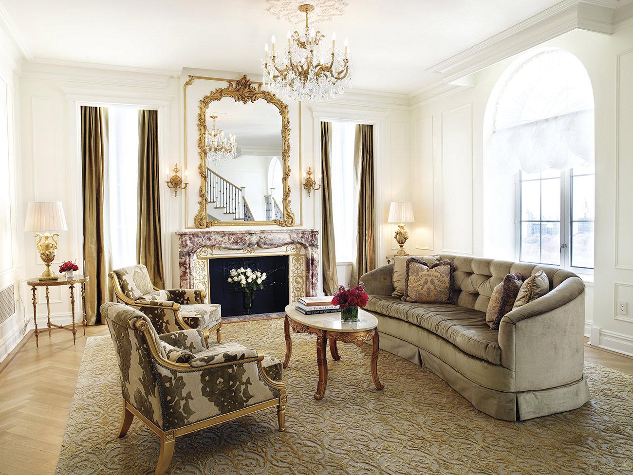 le plaza hotel new york entre l gende et modernit. Black Bedroom Furniture Sets. Home Design Ideas