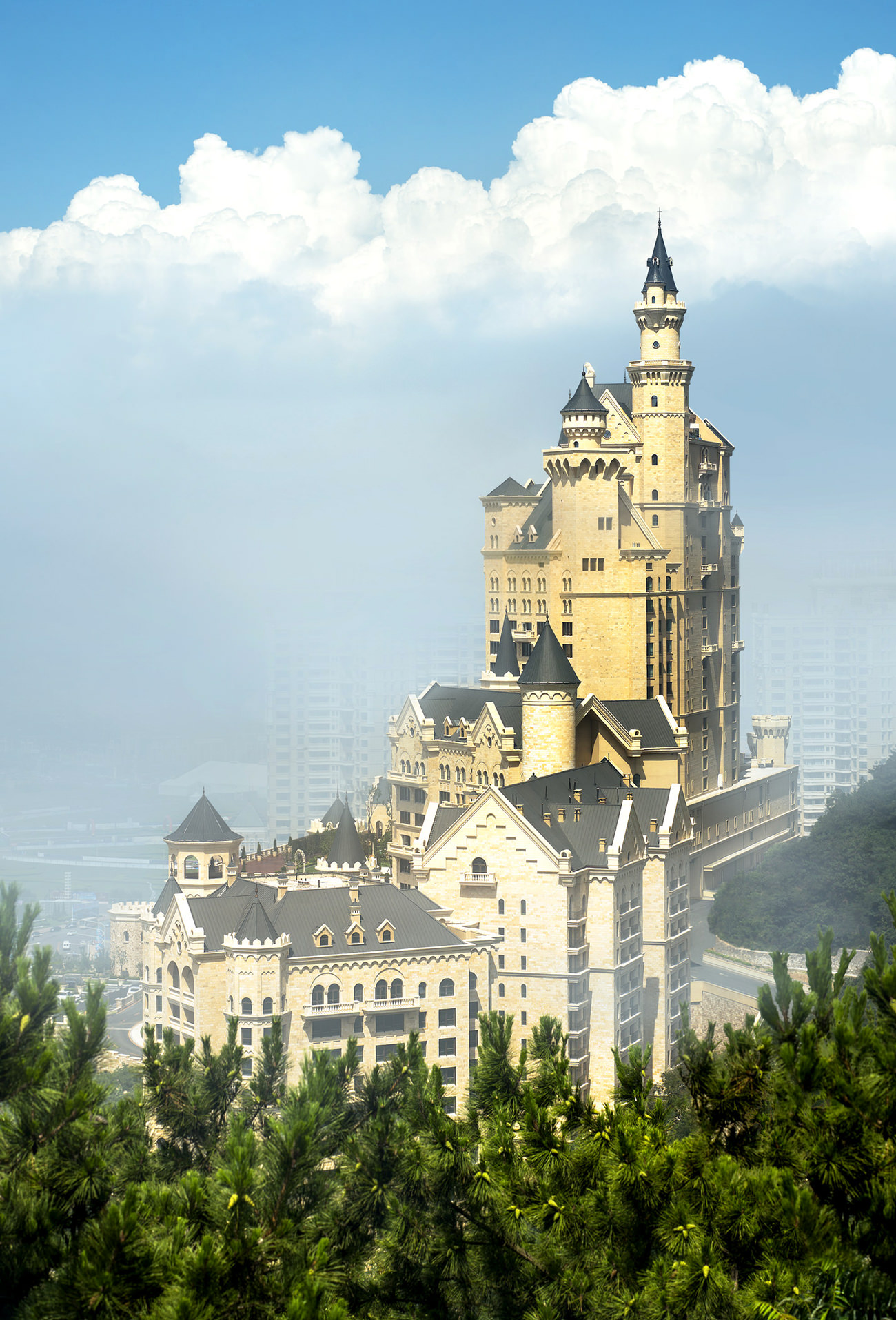 the-Castle-Hotel-a-Luxury-Collection-Hotel-Dalian-1