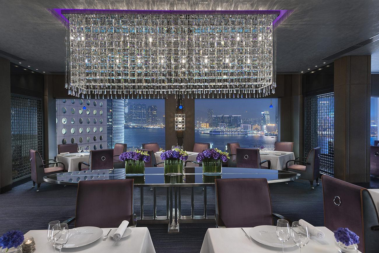 le mandarin oriental hong kong prestigieux et inoubliable. Black Bedroom Furniture Sets. Home Design Ideas
