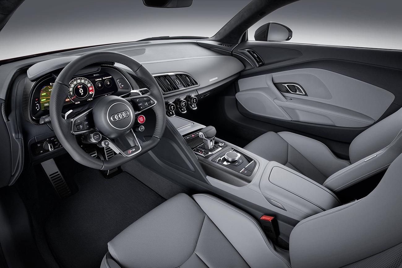 Audi-R8-11