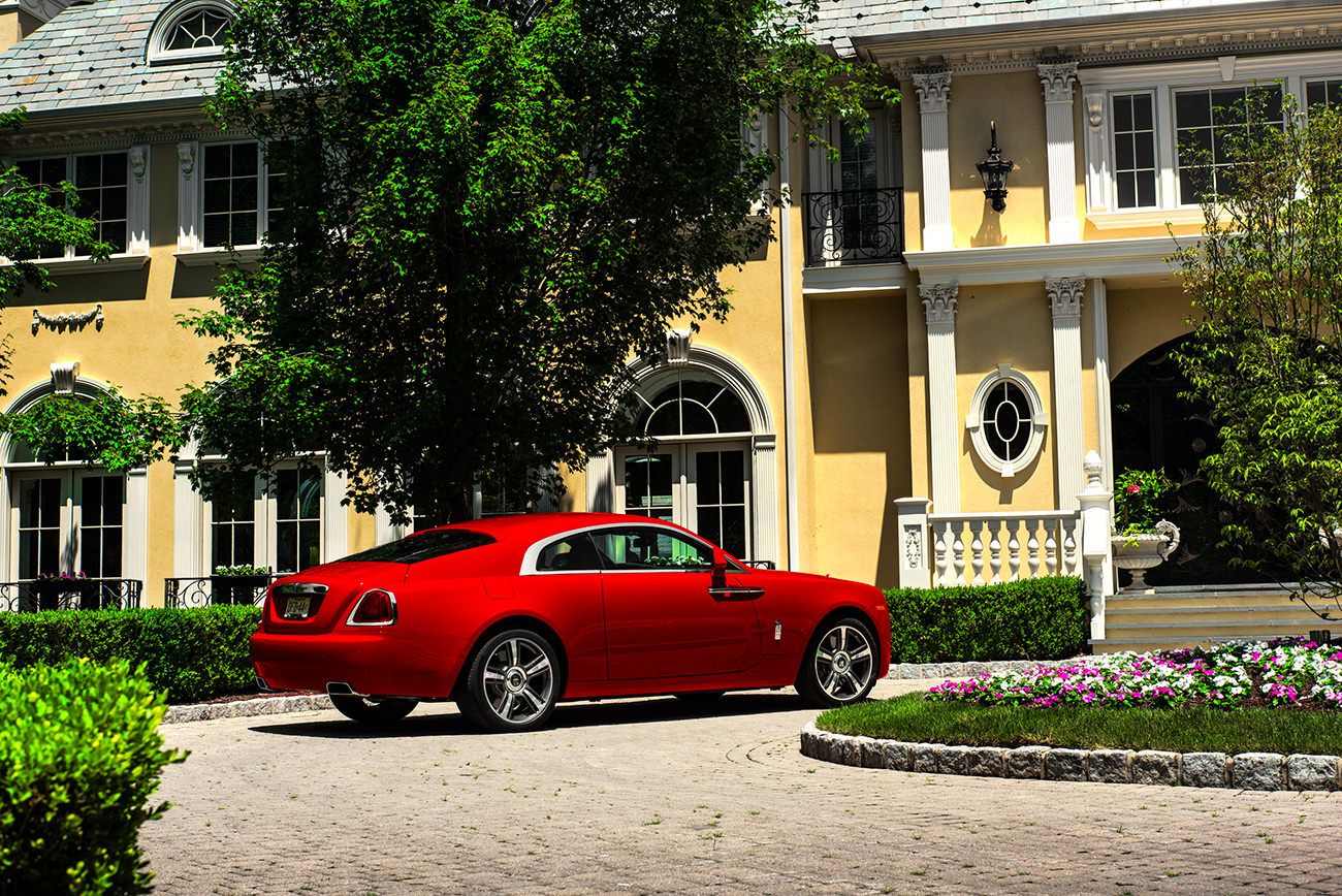 Rolls-Royce-Wraith-St-James-Red-3