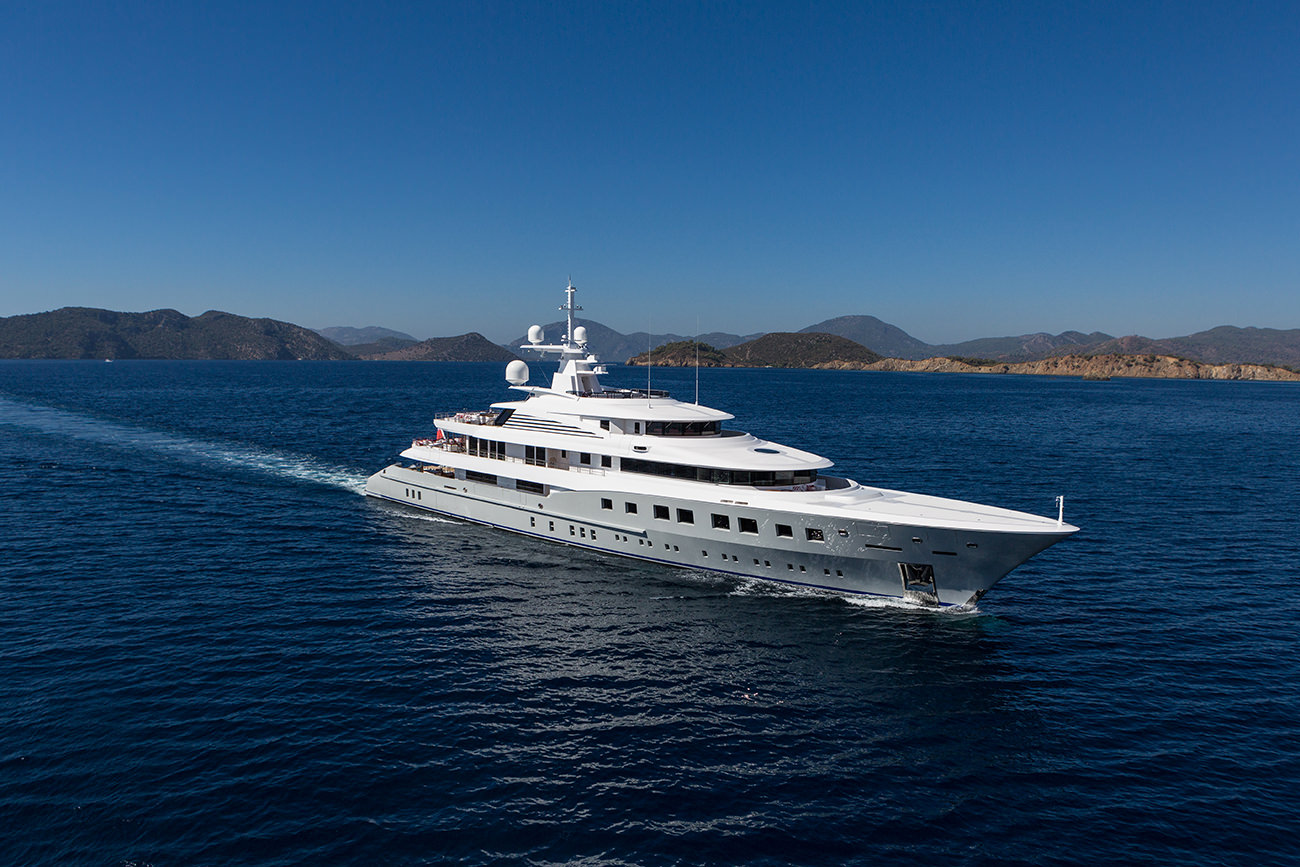 Yacht-Axioma-2