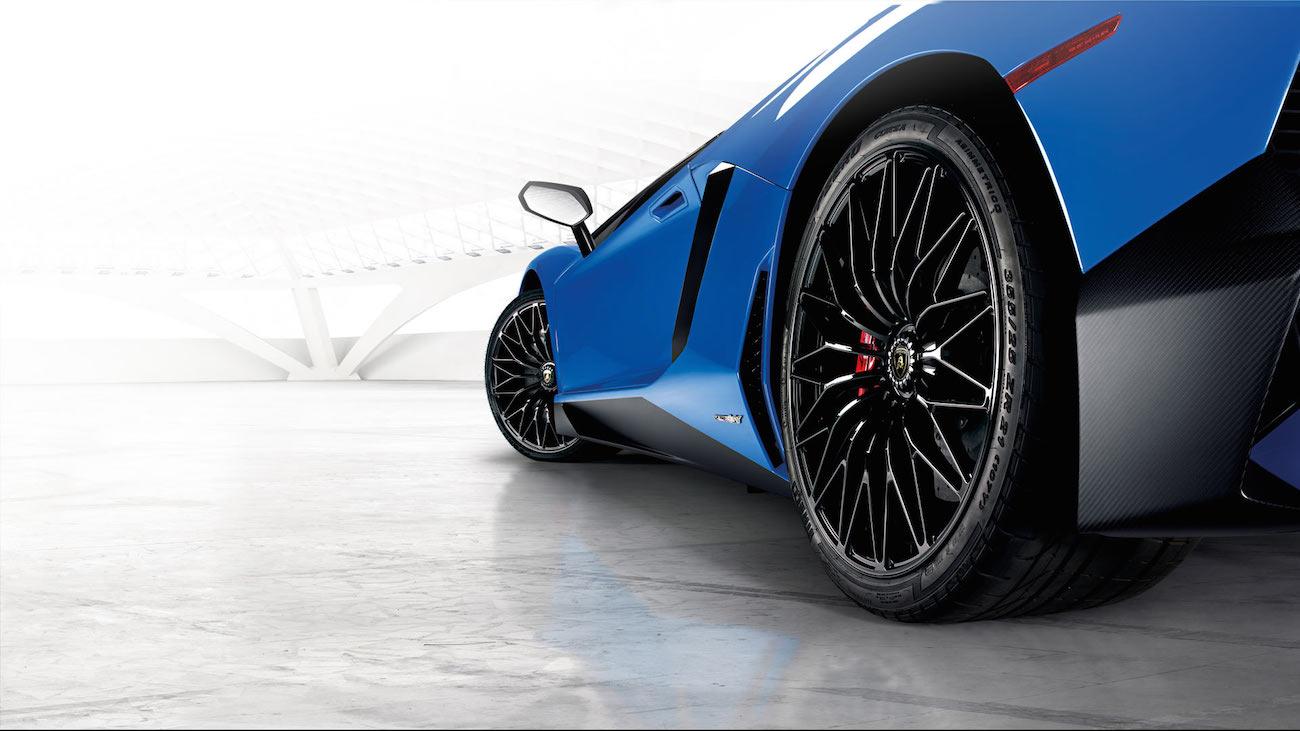 Lamborghini-aventador-superveloce-7