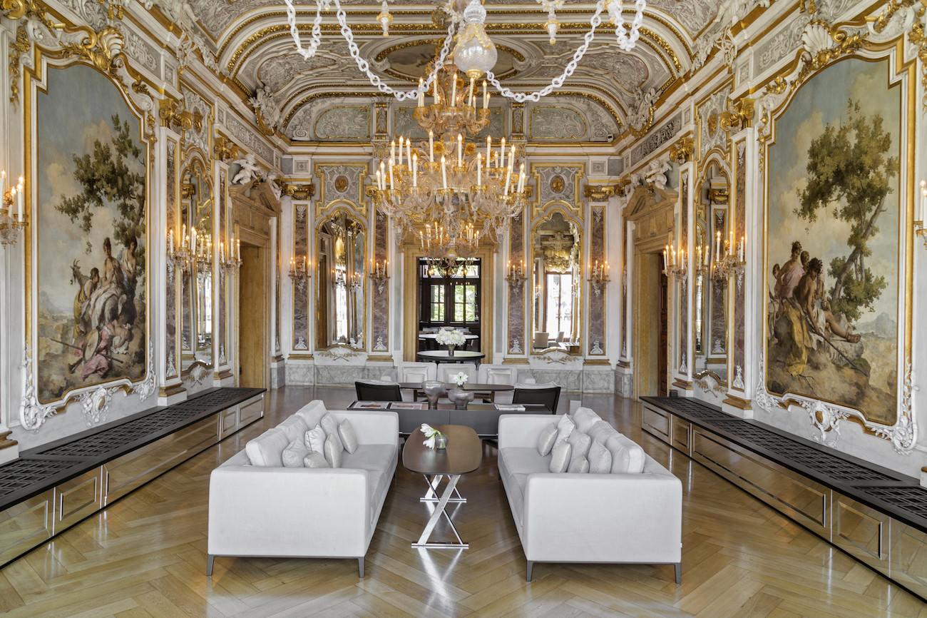 D couvrez l 39 h tel aman venise un palace historique unique for Hotel venise piscine interieure