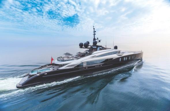 Yacht-Okto-1