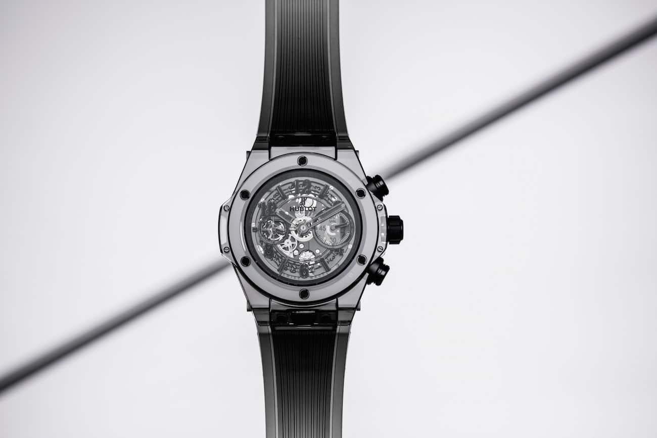 Hublot fête les 10 ans de sa montre All Black avec une ...