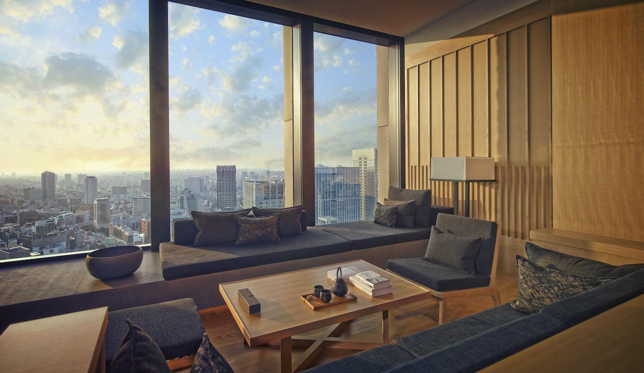 Aman Tokyo - Premier Room Living Area