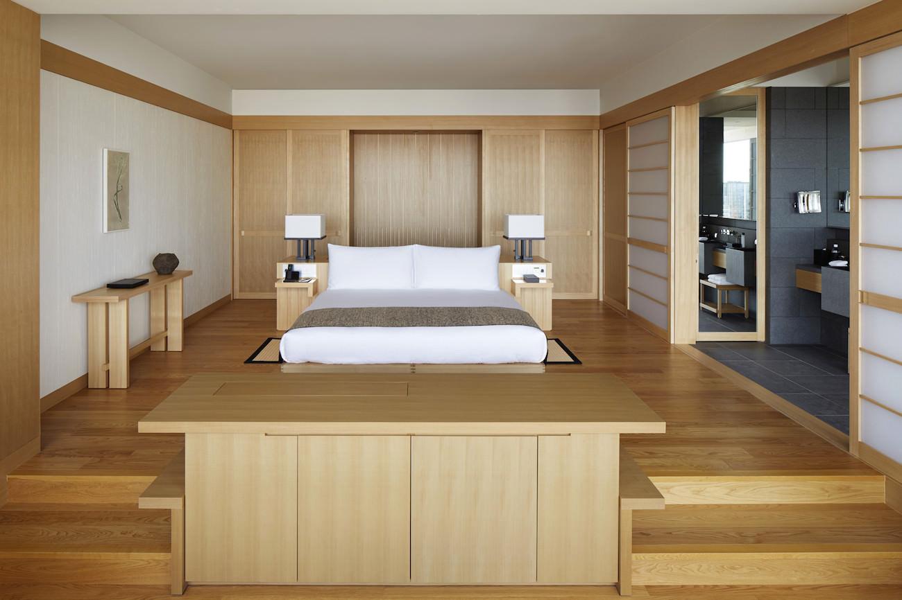 Aman Tokyo - Suite Bedroom