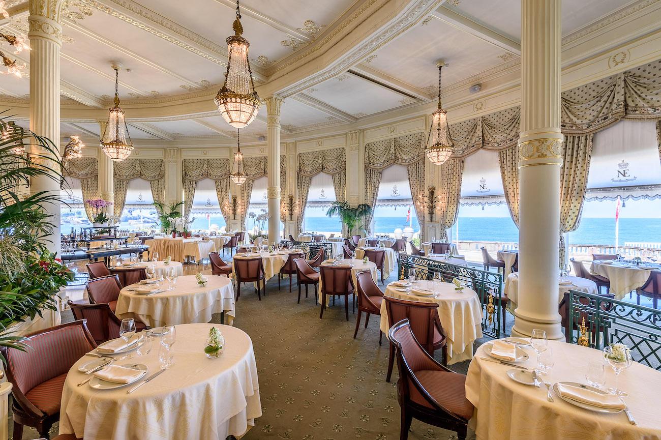 L 39 h tel du palais d couvrez le grand palace fran ais - Prix chambre hotel du palais biarritz ...