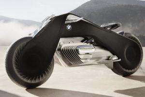 BMW fête son centenaire avec la Motorrad Vision Next 100 : la moto arrivée 30 ans en avance