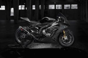 Les premières images de la future BMW HP4 Race vont vous donner des frissons !